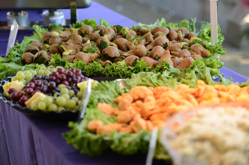 spread-close-up-from-clifforddavis-wedding